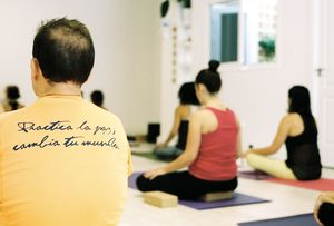 Meditación en Om Yoga Las Palmas